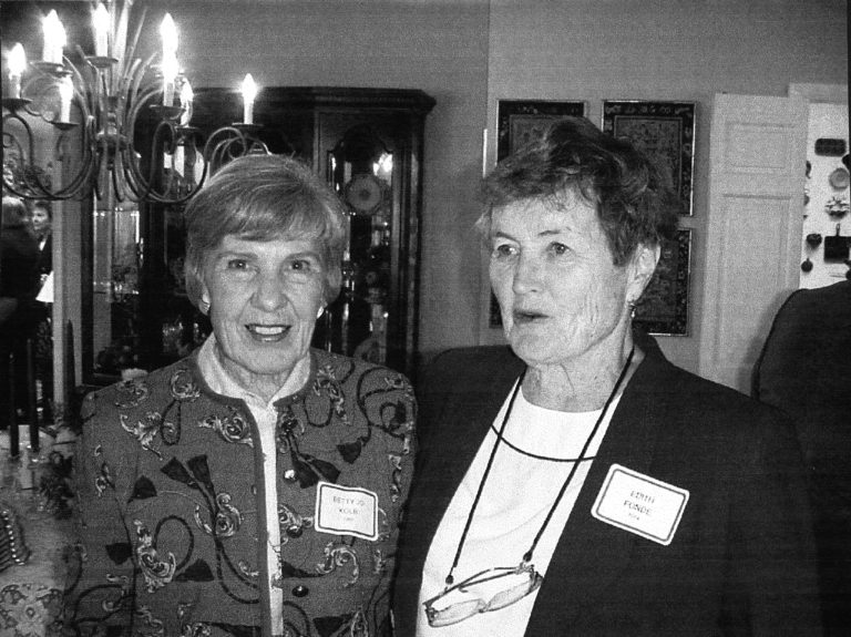 Betty Jo Kolb, Edith Fonde